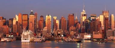 Por do sol urbano da cidade Imagem de Stock Royalty Free