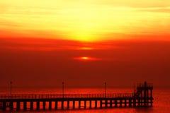 Por do sol vermelho louco Fotos de Stock