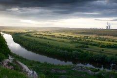 Por el lado del río Fotografía de archivo libre de regalías