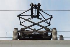 Por encima eléctrico del tren Fotos de archivo libres de regalías