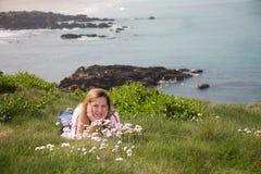 Por la playa fotos de archivo libres de regalías