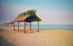 Por la playa Imágenes de archivo libres de regalías