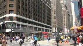 Pora lunchu tłoczy się Miasto Nowy Jork zbiory wideo