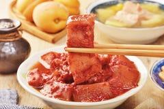 Porc braisé avec de la levure rouge Photographie stock