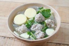 Porc et soupe hachés à lait caillé de soja Image stock