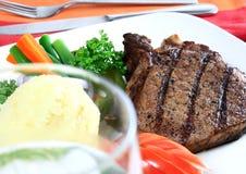 porc grillé par côtelette photos libres de droits