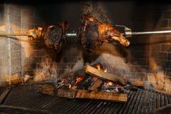 Porc sur une broche Image libre de droits