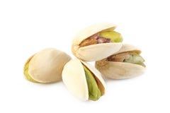 Porca de pistache isolada no fundo branco Fotografia de Stock