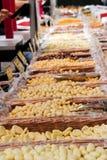 Porcas e feijões em um mercado Imagens de Stock