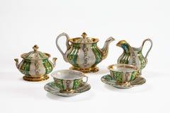 Porcelaine antique avec un motif floral Photographie stock libre de droits