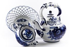 Porcelaine antique, positionnement de porcelaine. Image stock