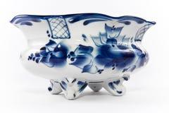 Porcelaine antique, vase à fruit de porcelaine. Images stock