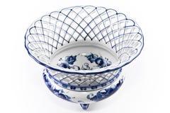 Porcelaine antique, vase à fruit de porcelaine. Photo stock