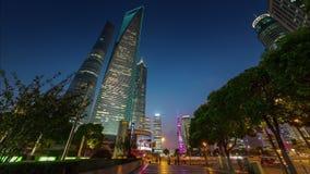 Porcelaine de laps de temps du panorama 4k de promenade de coucher du soleil de centre de la ville de Changhaï banque de vidéos
