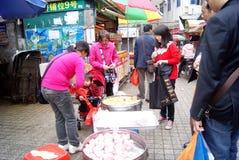 Porcelaine de Shenzhen : achetez les casse-croûte locaux Photo stock