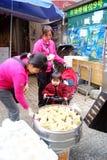 Porcelaine de Shenzhen : achetez les casse-croûte locaux Photographie stock