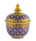 Porcelaine de Thail avec des desings dans cinq couleurs d'isolement  Photo stock