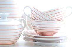 Porcelaine réglée sur le fond blanc Photographie stock libre de droits