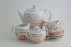 Porcelaine réglée sur le fond blanc Image stock