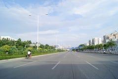 Porcelana de Shenzhen: paisagem baoan do tráfego da avenida Fotos de Stock