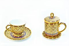 Porcelana tailandesa de Benjarong isolada no fundo branco imagens de stock