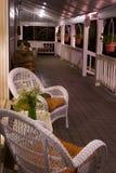 Porche avant de pays à la verticale de nuit photo stock