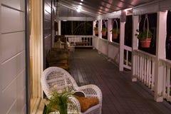 Porche avant de pays la nuit horizontal Image stock