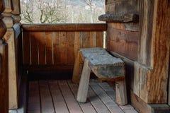Porche d'une vieille maison rurale Photographie stock