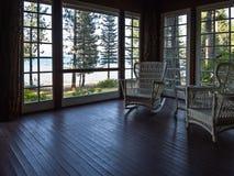 Porche de invitation avec une vue Photos stock