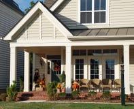 Porche en automne Images stock