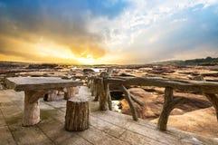 Porche en bois photographie stock libre de droits