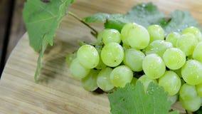 Porción de uvas verdes (loopable inconsútiles) Fotografía de archivo libre de regalías