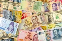 Porciones de billete de banco del diverso país fotos de archivo libres de regalías