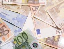 Porciones de dinero euro. Fondo euro del dinero. Fotos de archivo