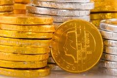 Porciones de dinero holandés del chocolate Imagenes de archivo