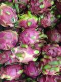 Porciones de frutas del dragón Imagenes de archivo