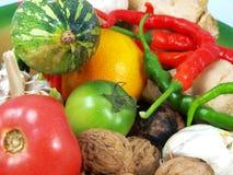 Porciones de frutas y verdura Imagen de archivo