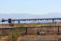 Porciones de puente del carril de Dumbarton, California, los E.E.U.U. Fotografía de archivo