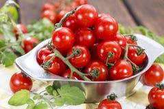 Porcja świezi Czereśniowi pomidory Fotografia Stock