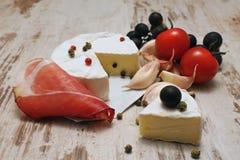 Porcja Camembert obraz stock