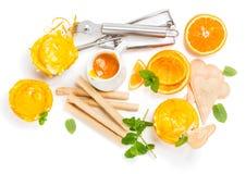 Porcje pomarańczowy sundae, widok od above Zdjęcia Stock
