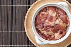 Porco crudo marinato Fotografie Stock Libere da Diritti