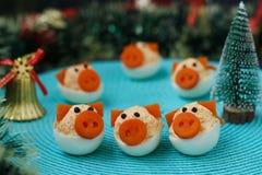 Porcos dos ovos enchidos 'para 2019 imagem de stock royalty free