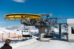 PORDOI, TRENTINO/ITALY - MARCH 26 : Chair Lift in the Dolomites Royalty Free Stock Photography