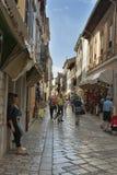 Porec古老狭窄的街道在克罗地亚 库存图片