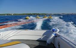 POREC, ΚΡΟΑΤΊΑ - 10 ΑΥΓΟΎΣΤΟΥ 2016 Απόλαυση στις διακοπές θάλασσας Στοκ φωτογραφίες με δικαίωμα ελεύθερης χρήσης