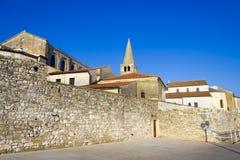 Porec - alte adriatische Stadt in Kroatien, Istria-Region. Lizenzfreie Stockfotografie