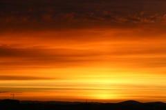 Pores do sol bonitos no céu foto de stock royalty free