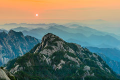 Pores do sol de Huangshan Imagem de Stock Royalty Free