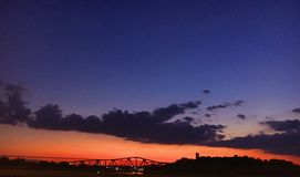 Pores do sol de Ttown Fotografia de Stock Royalty Free